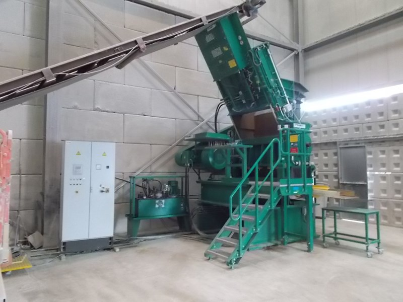 2014 THM recycling solutions ZM1620 granulator